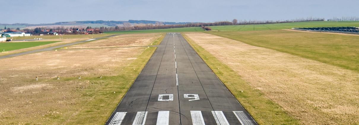 Sicher landen mit Luftfahrtversicherung24.de